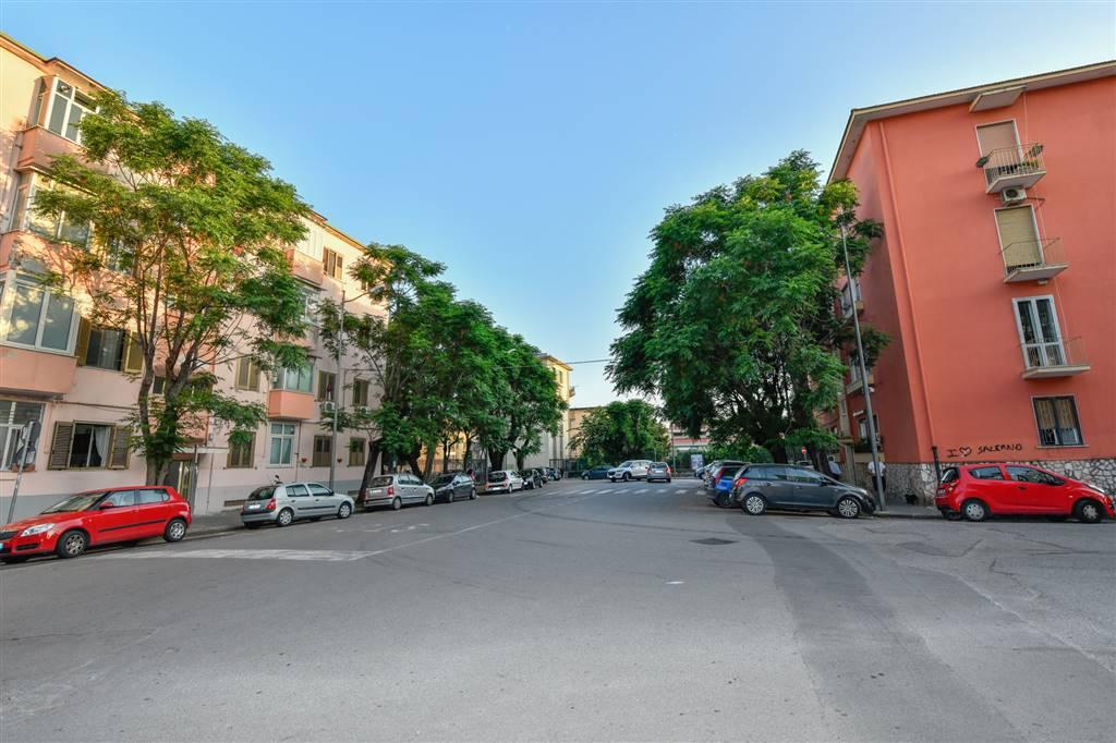 Trilocale in Via Filippo Abbignente 2, Torrione, Salerno