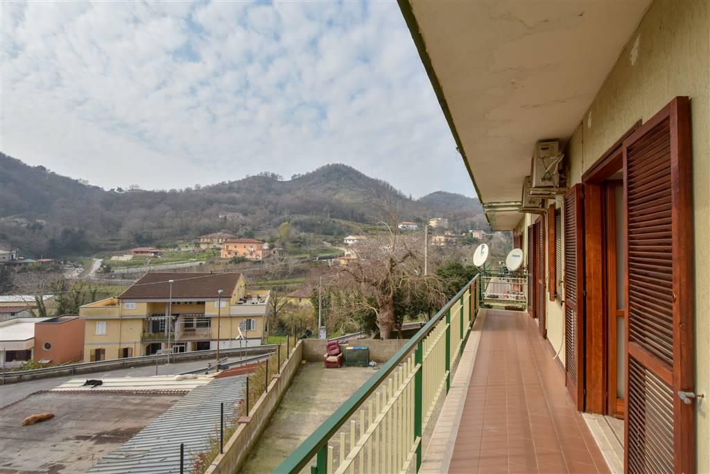 Trilocale in Via San Pio Da Pietralcina, Eustachio, Salerno