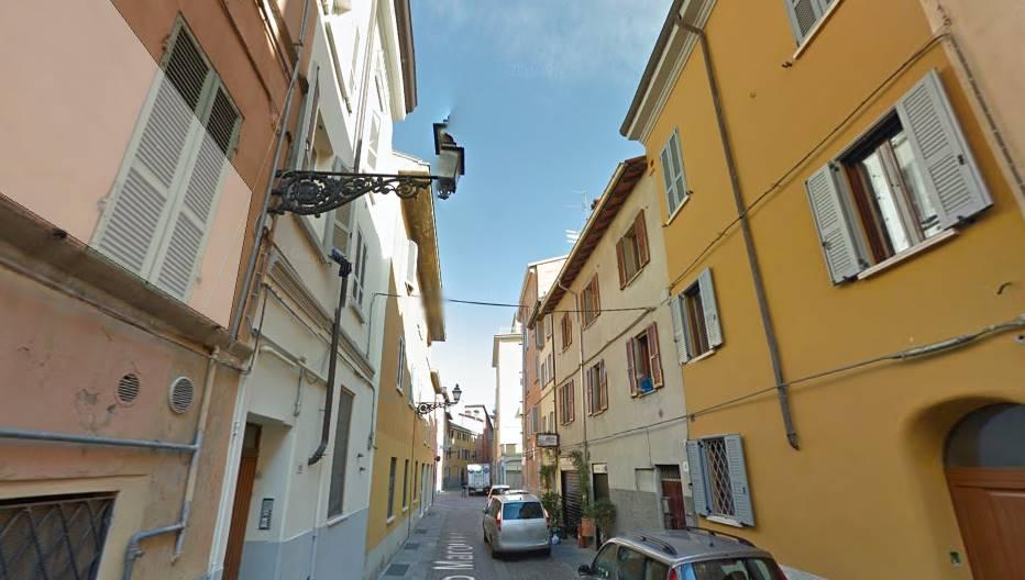Mansarda in Borgo Marodolo 18, Oltretorrente, Parma