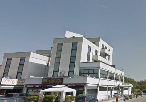 Ufficio / Studio in vendita a Parma, 4 locali, zona Zona: Pablo - Prati Bocchi - Osp. Maggiore , prezzo € 105.000 | CambioCasa.it
