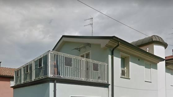 Appartamento in vendita a Parma, 3 locali, zona Zona: Crocetta - S. Pancrazio, prezzo € 135.000   CambioCasa.it