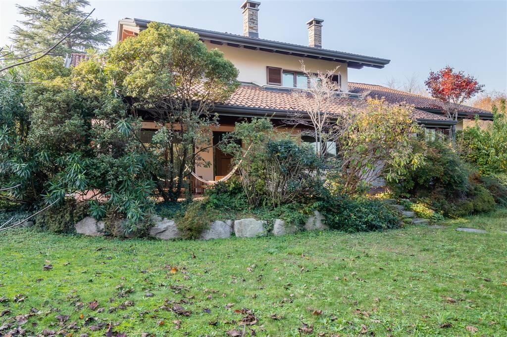 Villa in vendita a Cardano al Campo, 16 locali, zona one, prezzo € 1.100.000 | PortaleAgenzieImmobiliari.it