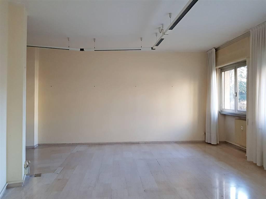 Ufficio / Studio in affitto a Gallarate, 3 locali, zona inetta, prezzo € 750   PortaleAgenzieImmobiliari.it