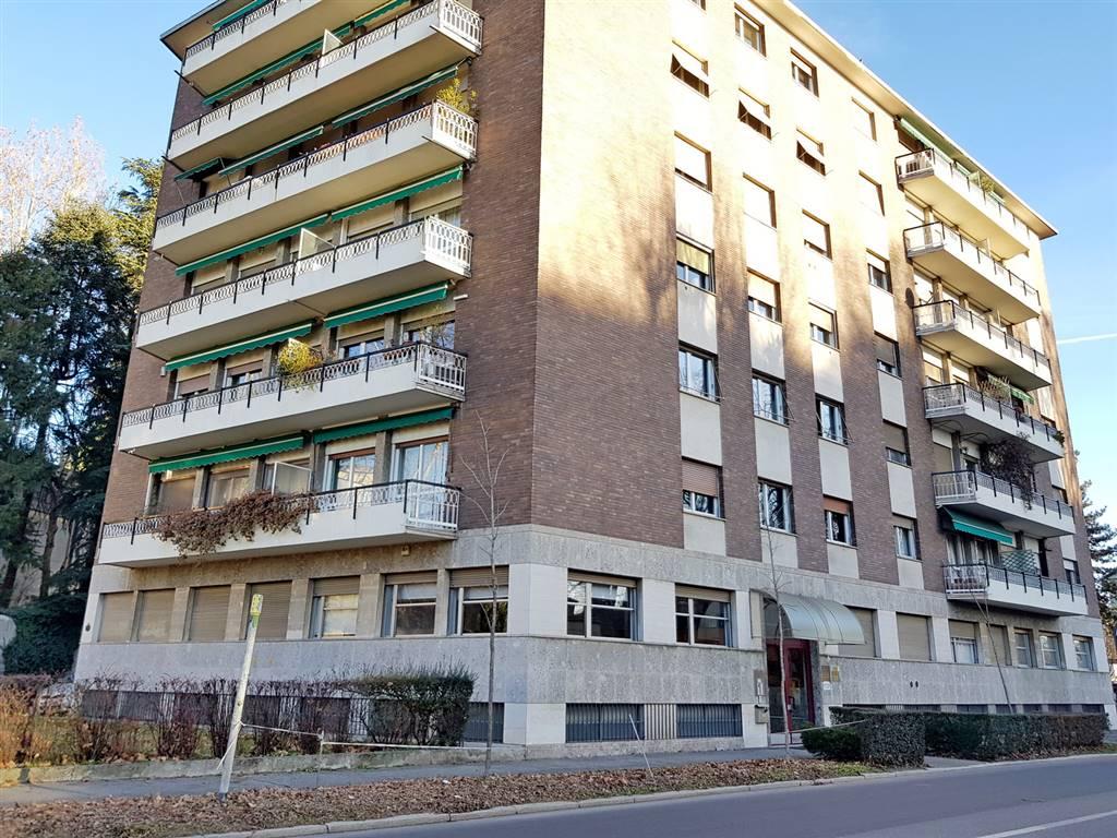 Ufficio / Studio in affitto a Gallarate, 3 locali, zona Zona: Cascinetta, prezzo € 750 | CambioCasa.it