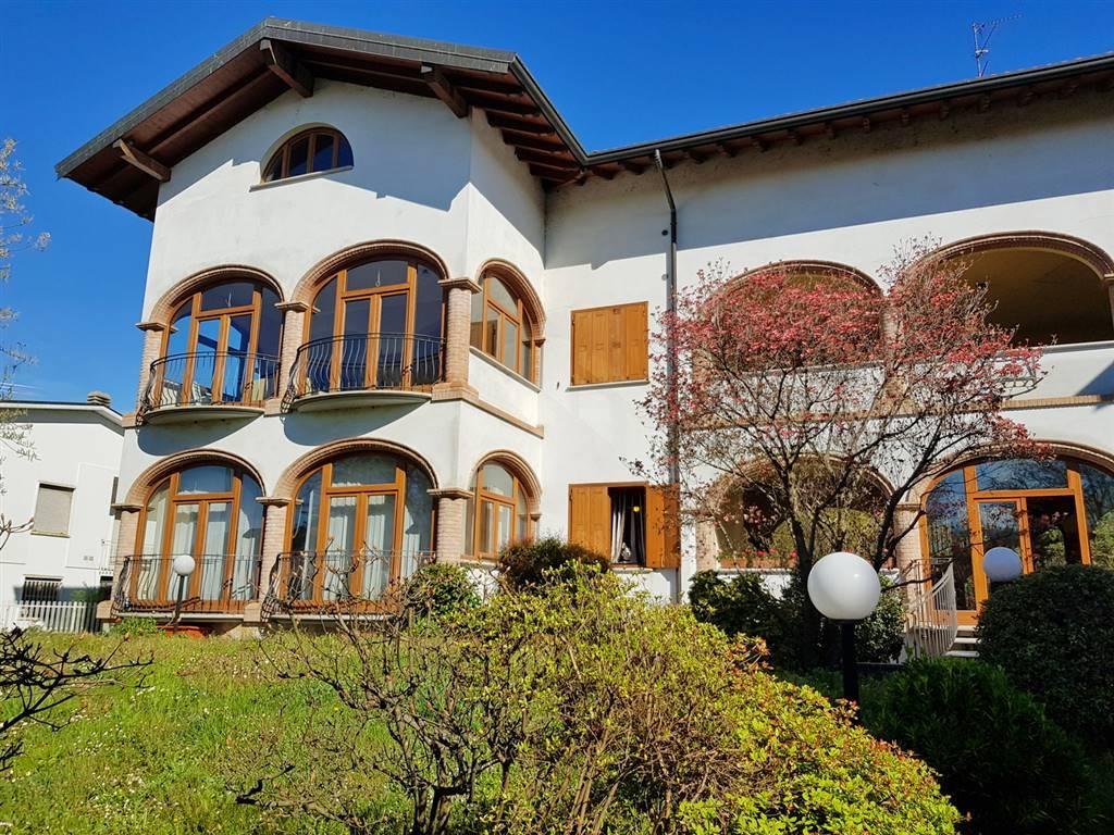 Soluzione Indipendente in vendita a Lonate Pozzolo, 31 locali, zona Località: TORNAVENTO, prezzo € 950.000 | CambioCasa.it