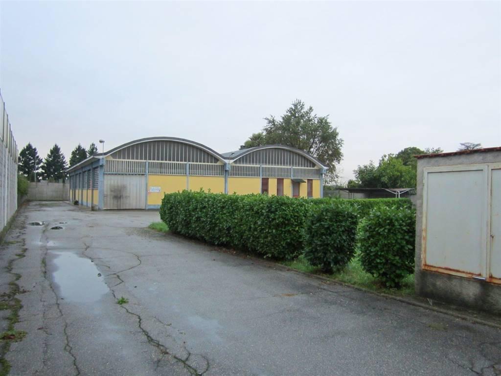 Capannone in vendita a Cardano al Campo, 3 locali, prezzo € 420.000   CambioCasa.it