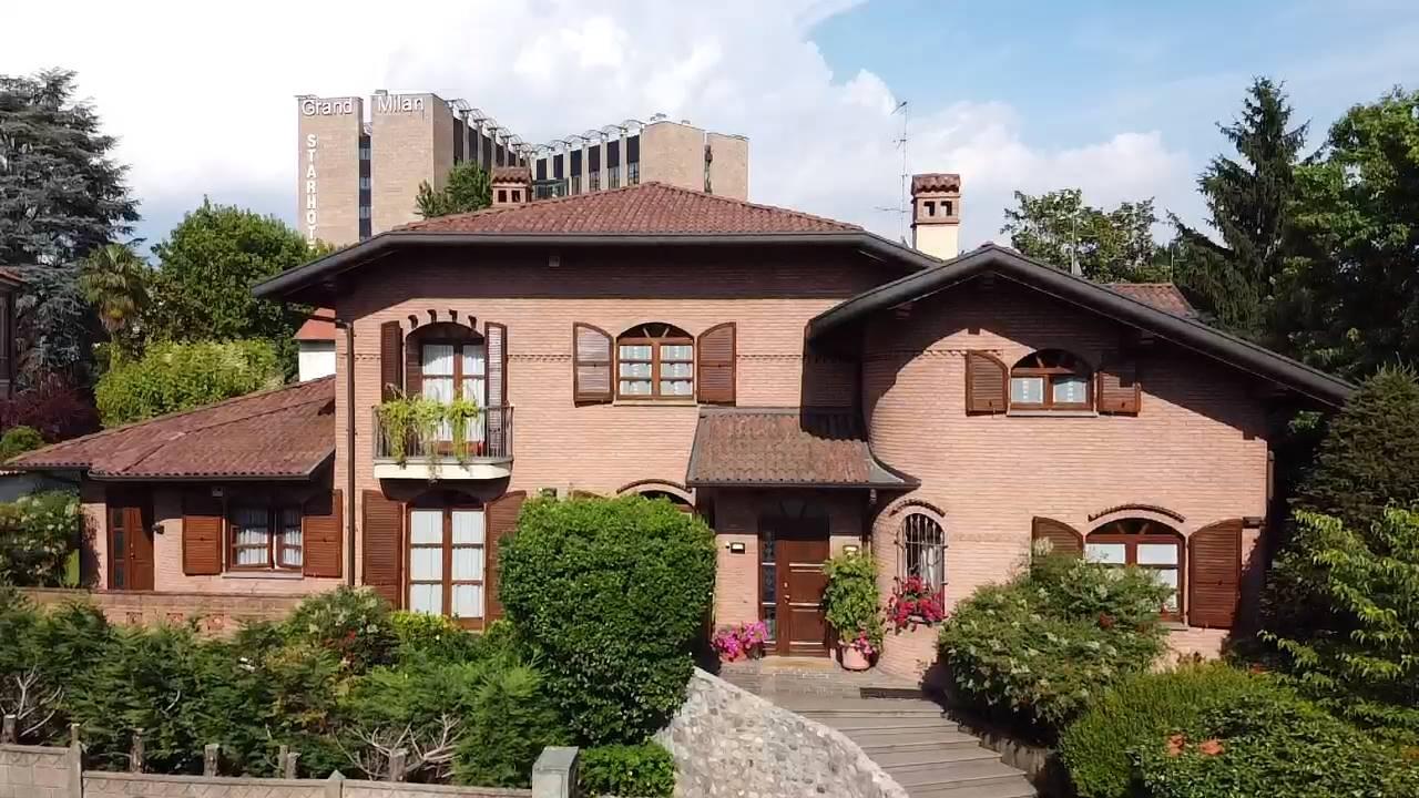 Villa in vendita a Saronno, 15 locali, zona Zona: Centro, prezzo € 1.150.000 | CambioCasa.it