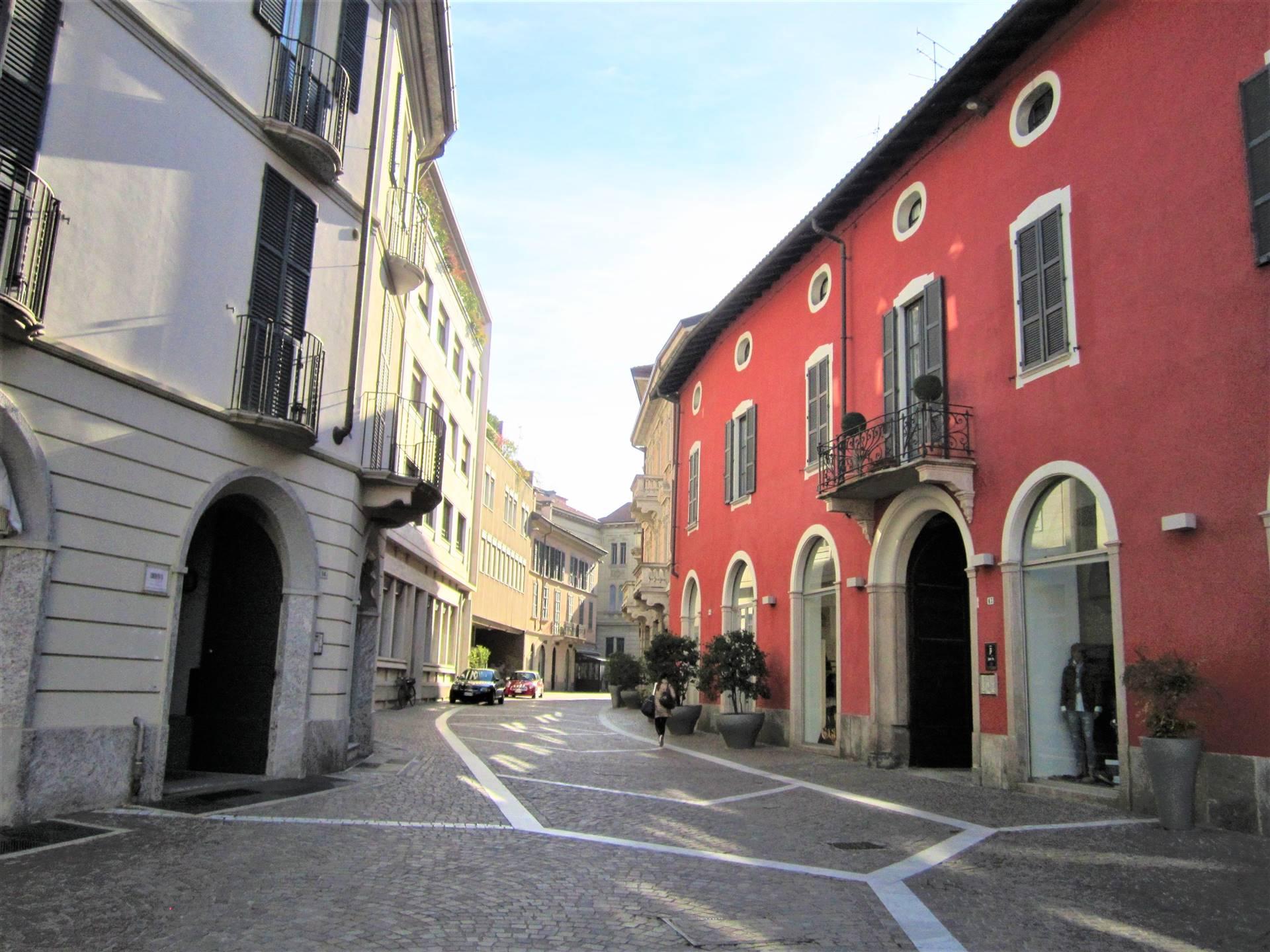 Negozio / Locale in vendita a Gallarate, 2 locali, zona Località: CENTRO, prezzo € 250.000   PortaleAgenzieImmobiliari.it
