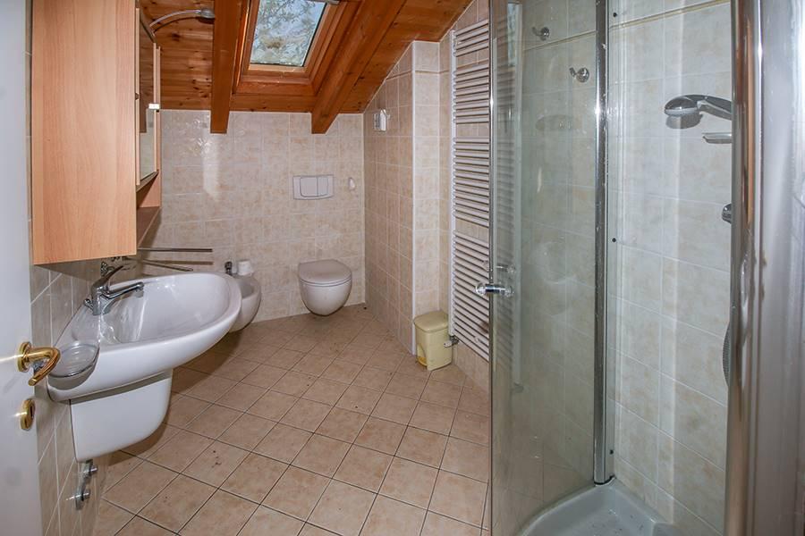 Villa o casa singola in VENDITA a COLICO - 12