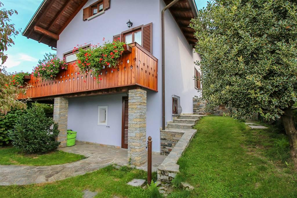 Villa o casa singola in VENDITA a COLICO - 2