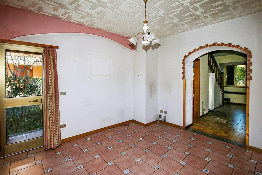 Villa o casa singola in VENDITA a COLICO - 8