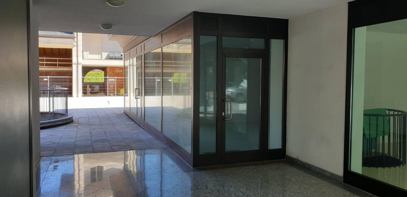 Negozio o Ufficio in AFFITTO a COLICO - 2