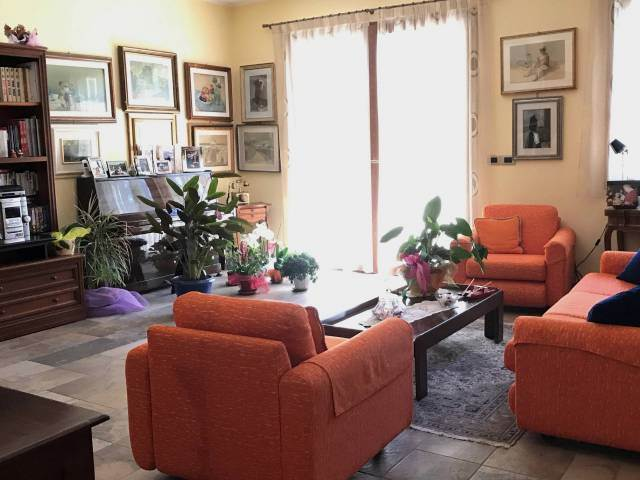 Villa, Borgo San Giuliano, Rimini, in ottime condizioni