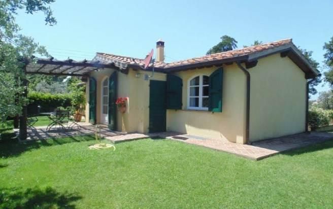 Affitto casa vacanza san vincenzo case vacanza san vincenzo in affitto - Affitto casa con giardino ...