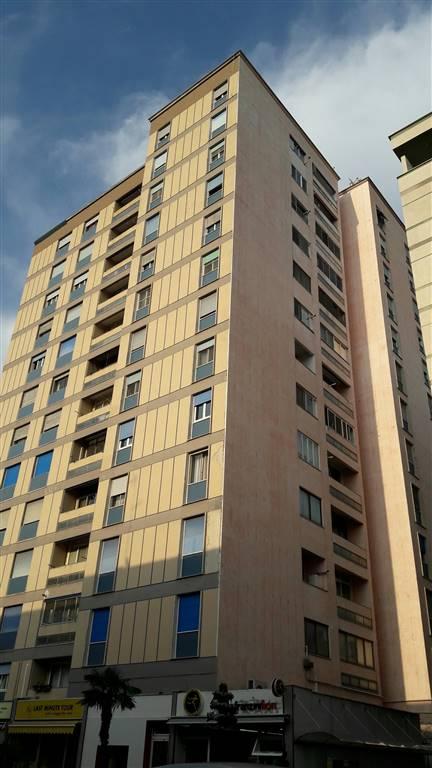 Appartamento in Via Dello Statuto  37, Semicentrale, Latina