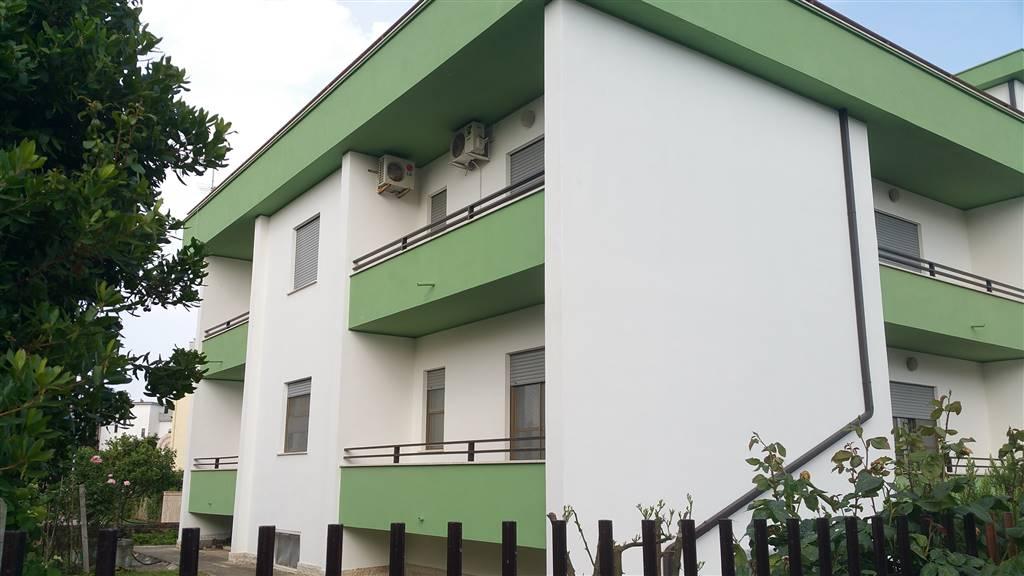 Appartamento in Via  Gnoli 35, Borgo San Michele, Latina