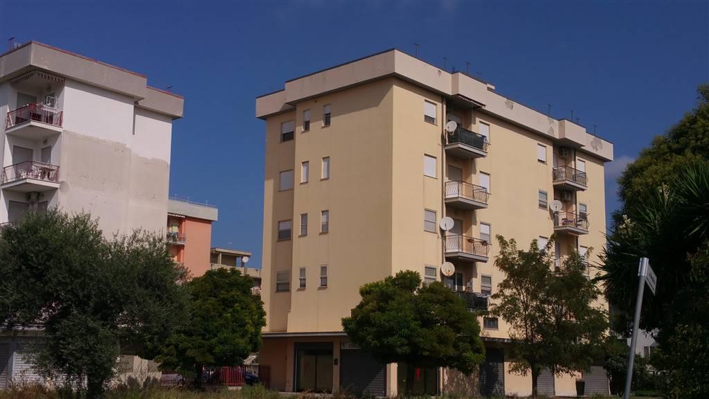 Appartamento in Via Senofane 19, Latina Scalo, Latina