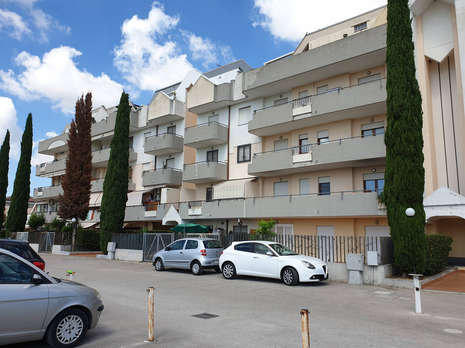 Appartamento in vendita a Latina, 3 locali, zona Zona: Borgo Piave, prezzo € 140.000 | CambioCasa.it