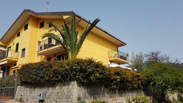 Villa a Schiera in vendita a Gaggi, 7 locali, prezzo € 283.000 | CambioCasa.it