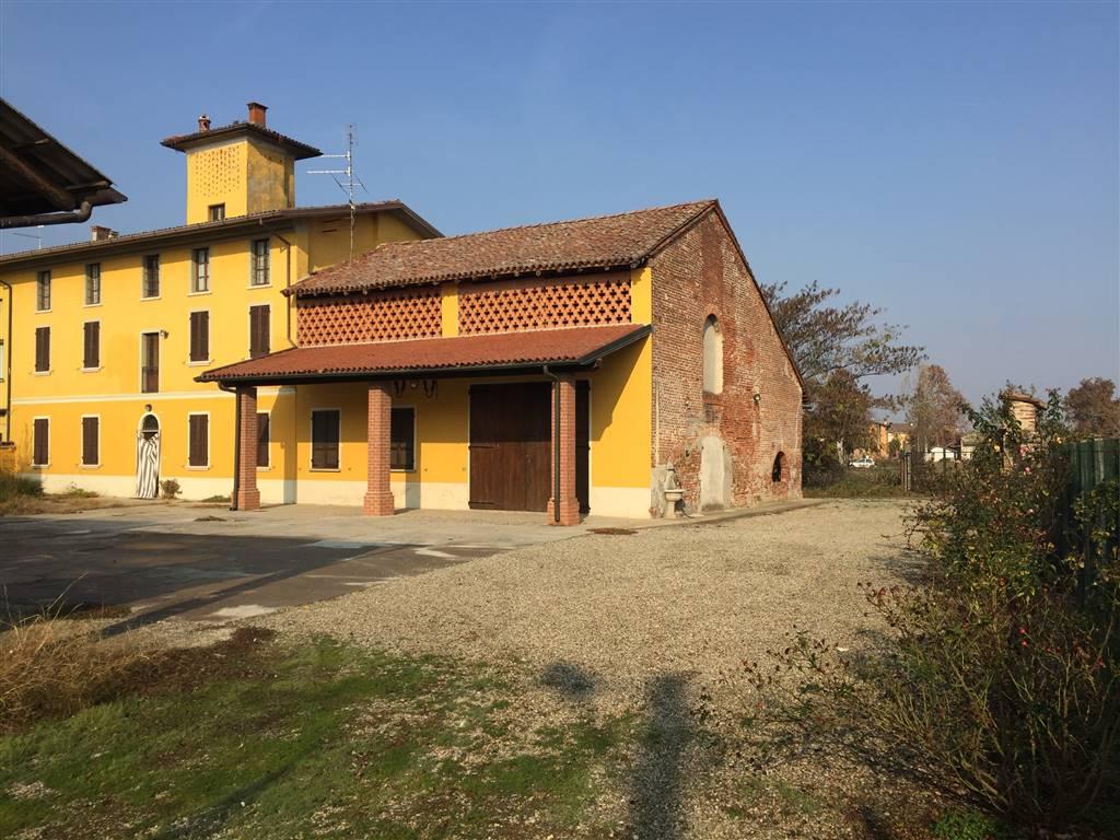 Rustico / Casale in vendita a Monticelli Pavese, 8 locali, prezzo € 210.000 | CambioCasa.it