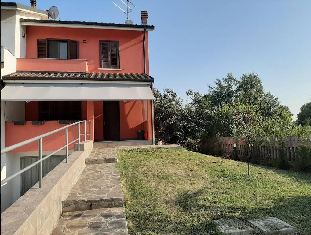 Bifamiliare in Via Falcone, Miradolo Terme