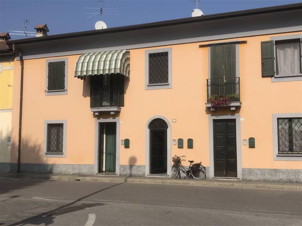 Appartamento in vendita a Villanova del Sillaro, 3 locali, zona Zona: Bargano, prezzo € 95.000 | CambioCasa.it