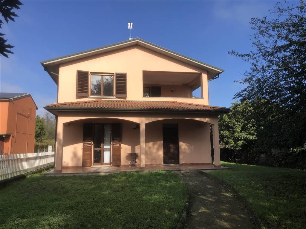 Villa in Via Miradolo, Inverno e Monteleone