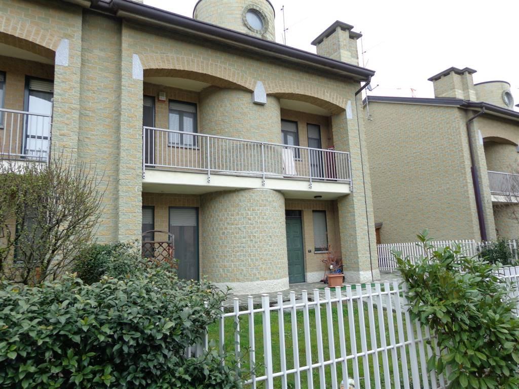 Villa a schiera, Bellusco, in ottime condizioni