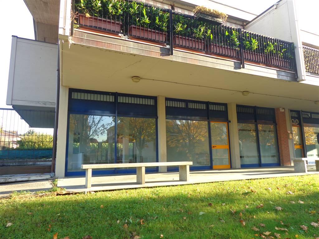 Attività commerciale in Affitto Basiano in provincia di Milano