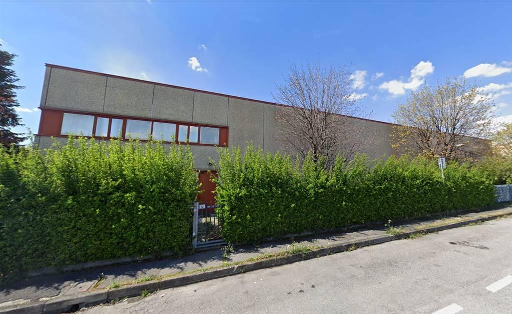 Capannone in affitto a Trezzano Rosa, 5 locali, prezzo € 9.790 | CambioCasa.it
