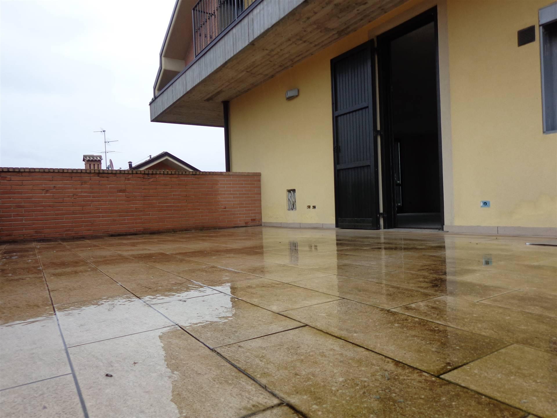 Appartamento in vendita a Cornate d'Adda, 4 locali, prezzo € 239.000 | PortaleAgenzieImmobiliari.it