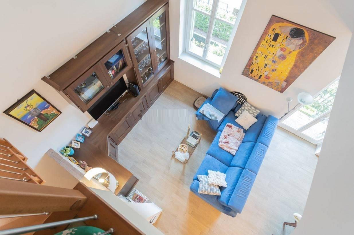 Appartamento in vendita a Ornago, 5 locali, prezzo € 320.000 | PortaleAgenzieImmobiliari.it