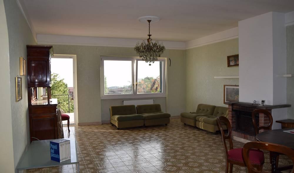Appartamento, Genzano Di Roma, abitabile