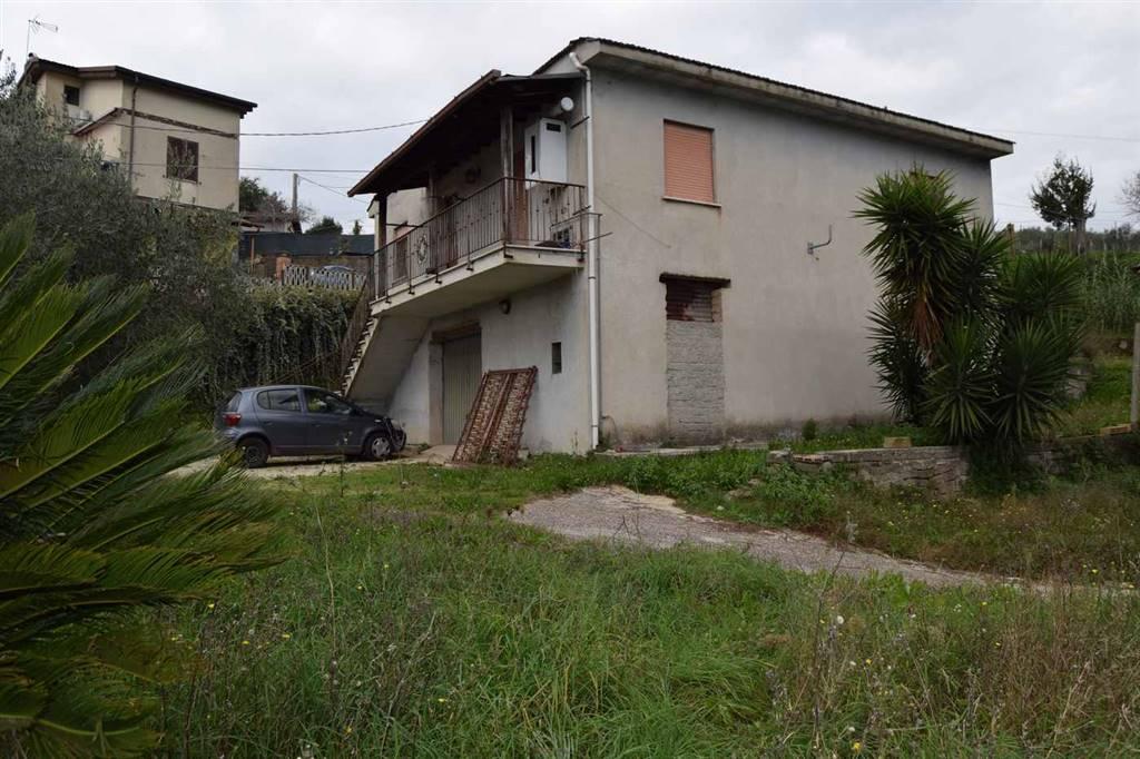 Casa singola, Velletri, abitabile