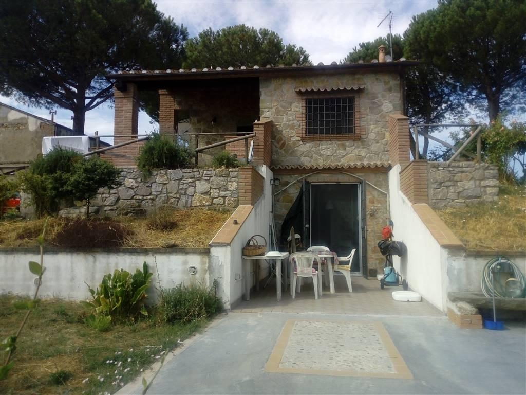 Villino in P.za Garibaldi, Scansano