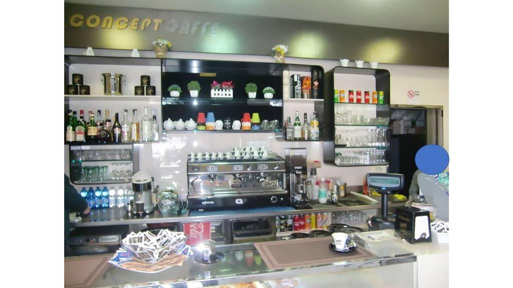 PORTA ROMANA, MILANO, Bar - Pasticceria in vendita di 50 Mq, Classe energetica: Non soggetto, composto da: , 2 Bagni, Prezzo: € 70.000