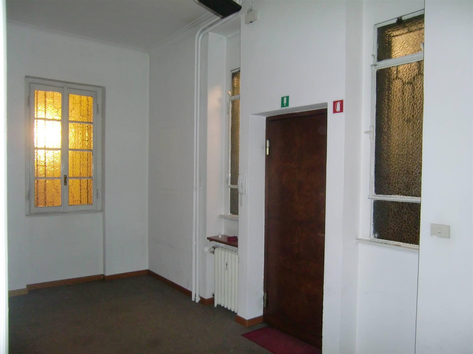 STAZIONE CENTRALE, MILANO, Ufficio in affitto, Riscaldamento Centralizzato, Classe energetica: G, Epi: 338,63 kwh/m3 anno, posto al piano Rialzato su