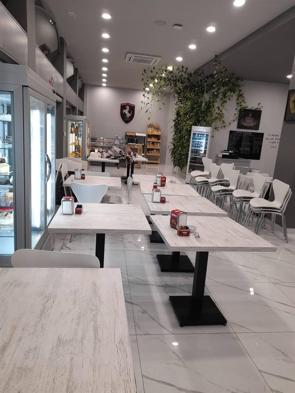 VERCELLI, MILANO, Bar - Pasticceria in vendita, Ristrutturato, Classe energetica: Non soggetto, composto da: , 3 Bagni, Ascensore, Prezzo: € 460.000