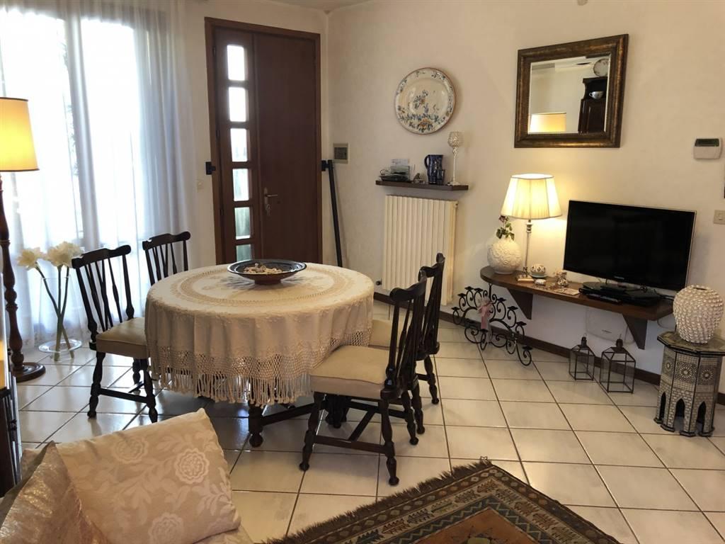 Villa a schiera, Badia Polesine