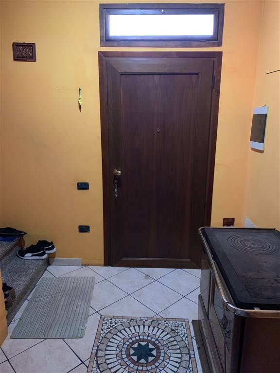 Casa semi indipendenteaGIACCIANO CON BARUCHELLA