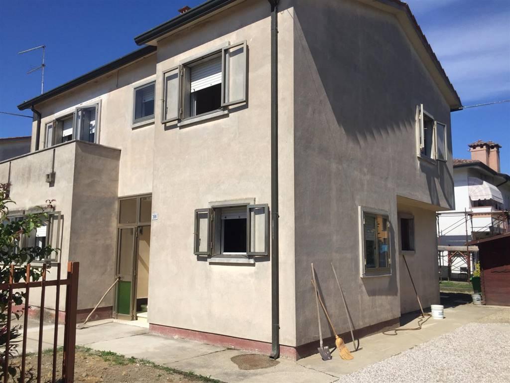 Casa singolaaSAN BELLINO