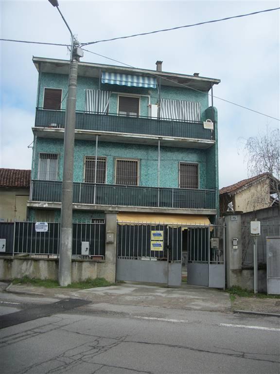 Appartamento in vendita a Vistarino, 2 locali, prezzo € 40.000   CambioCasa.it