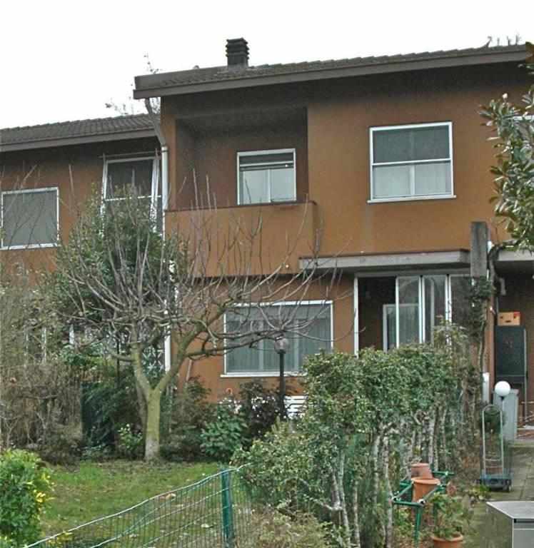 Villa a schiera, Siziano