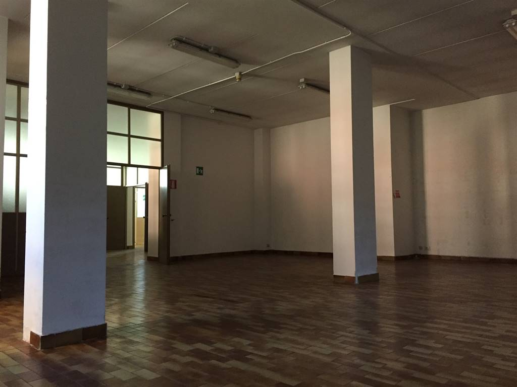 SAN FEREOLO, LODI, Industrial warehouse for rent of 320 Sq. mt., Good condition, Heating Individual heating system, Energetic class: E, Epi: 432,21