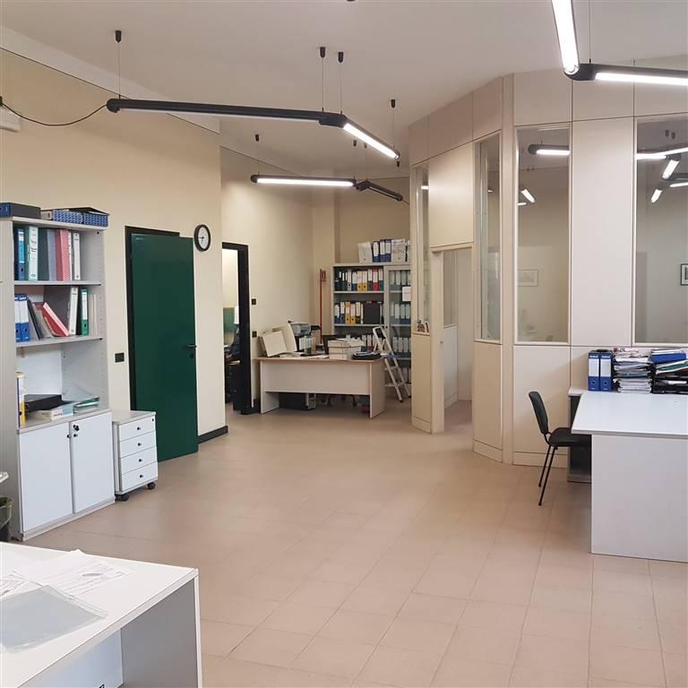 Negozio / Locale in affitto a Cavenago d'Adda, 3 locali, prezzo € 500 | PortaleAgenzieImmobiliari.it