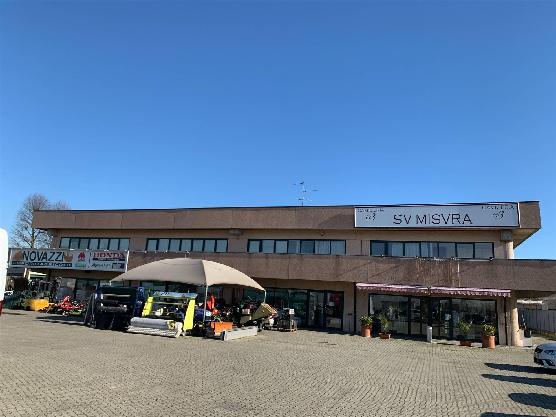 Ufficio / Studio in affitto a Cornegliano Laudense, 1 locali, zona Zona: Muzza di Cornegliano Laudense, prezzo € 2.000 | CambioCasa.it