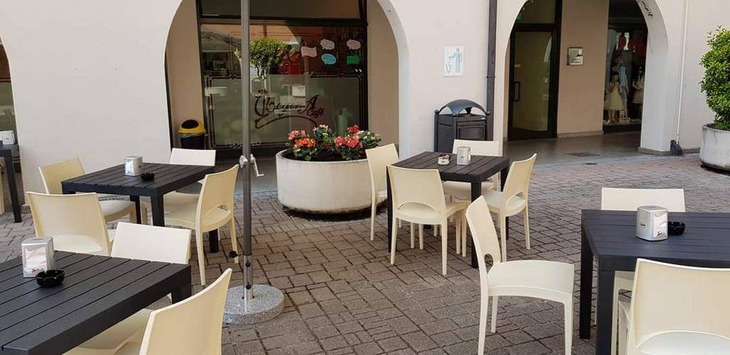 Attività / Licenza in vendita a Paullo, 2 locali, prezzo € 68.000 | CambioCasa.it