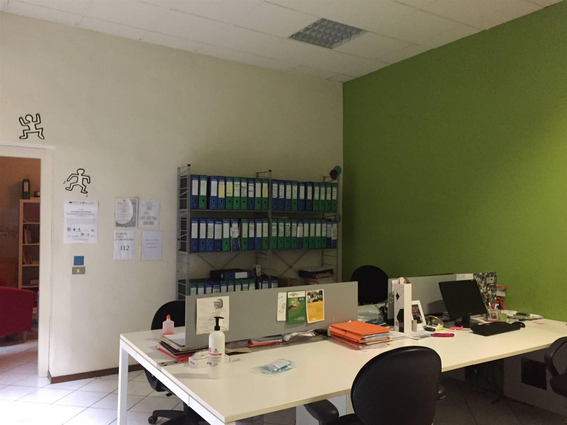 Ufficio / Studio in affitto a Lodi, 2 locali, zona Zona: Centro, prezzo € 7.200 | CambioCasa.it