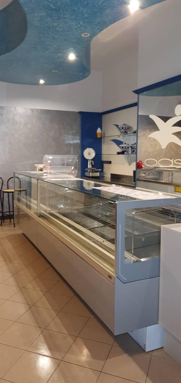 Attività / Licenza in vendita a Sant'Angelo Lodigiano, 2 locali, prezzo € 60.000 | CambioCasa.it