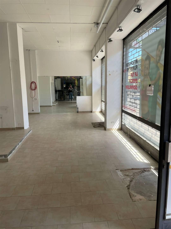 Negozio / Locale in vendita a Lodi, 1 locali, zona Zona: Semicentro, prezzo € 90.000 | CambioCasa.it